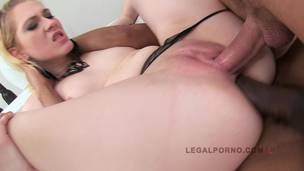 Claire Blonde first double penetration SZ453 screenshot