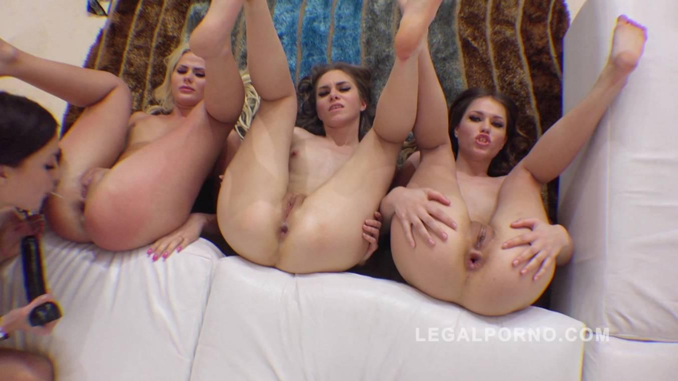 LegalPorno - Sineplex - Roxy Dee, Jenna Clarke, Katie Montana & Ginger Fox lesbian kreme farting assholes RS174