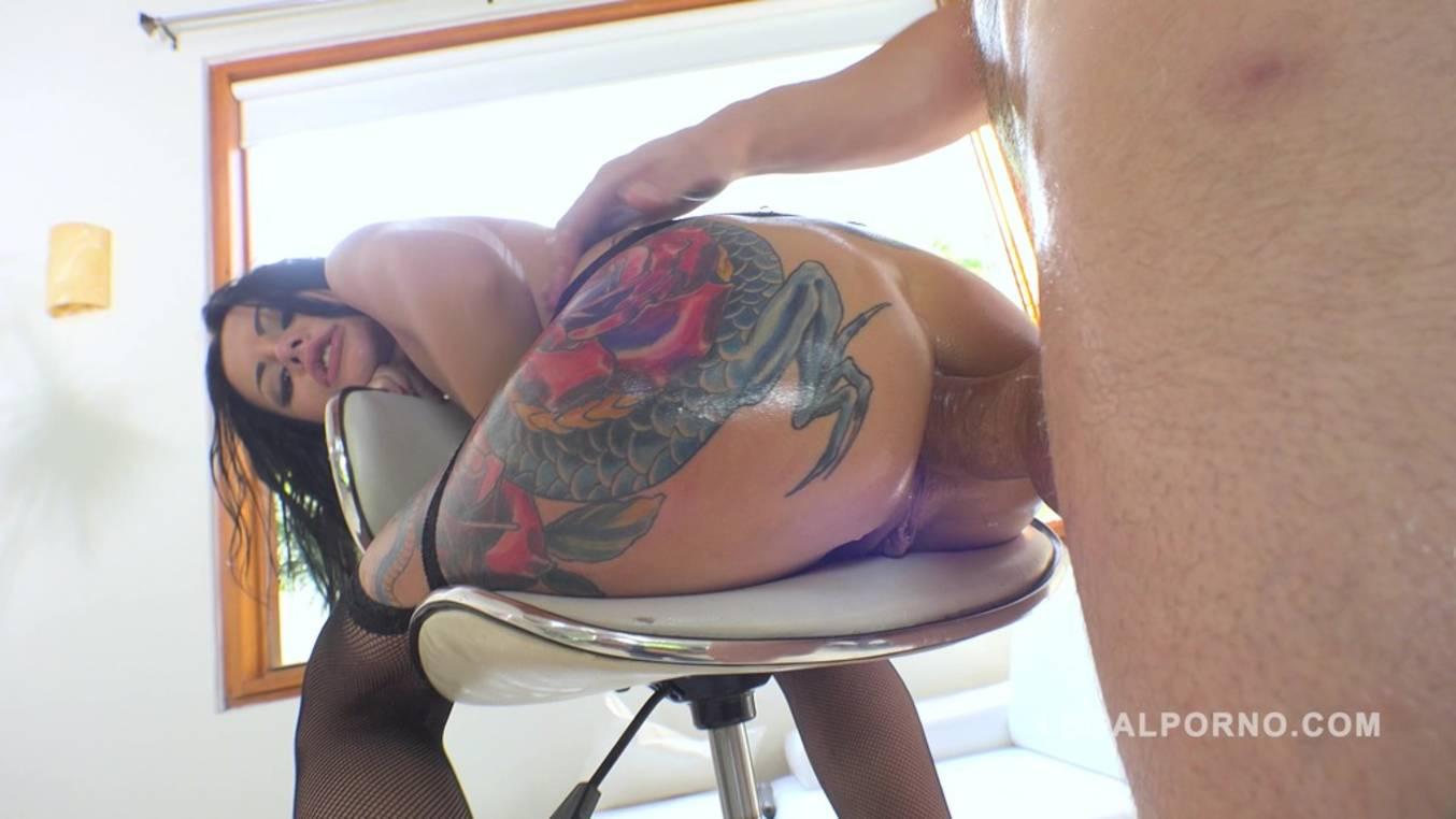 LegalPorno - Sineplex - Hot slut Amanda Black DP'ed for the first time RS270