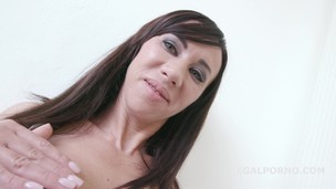 Dap Destination Eva London. Welcome in Porn with DP /DAP /GAPES Hot MILF joins porn GIO262