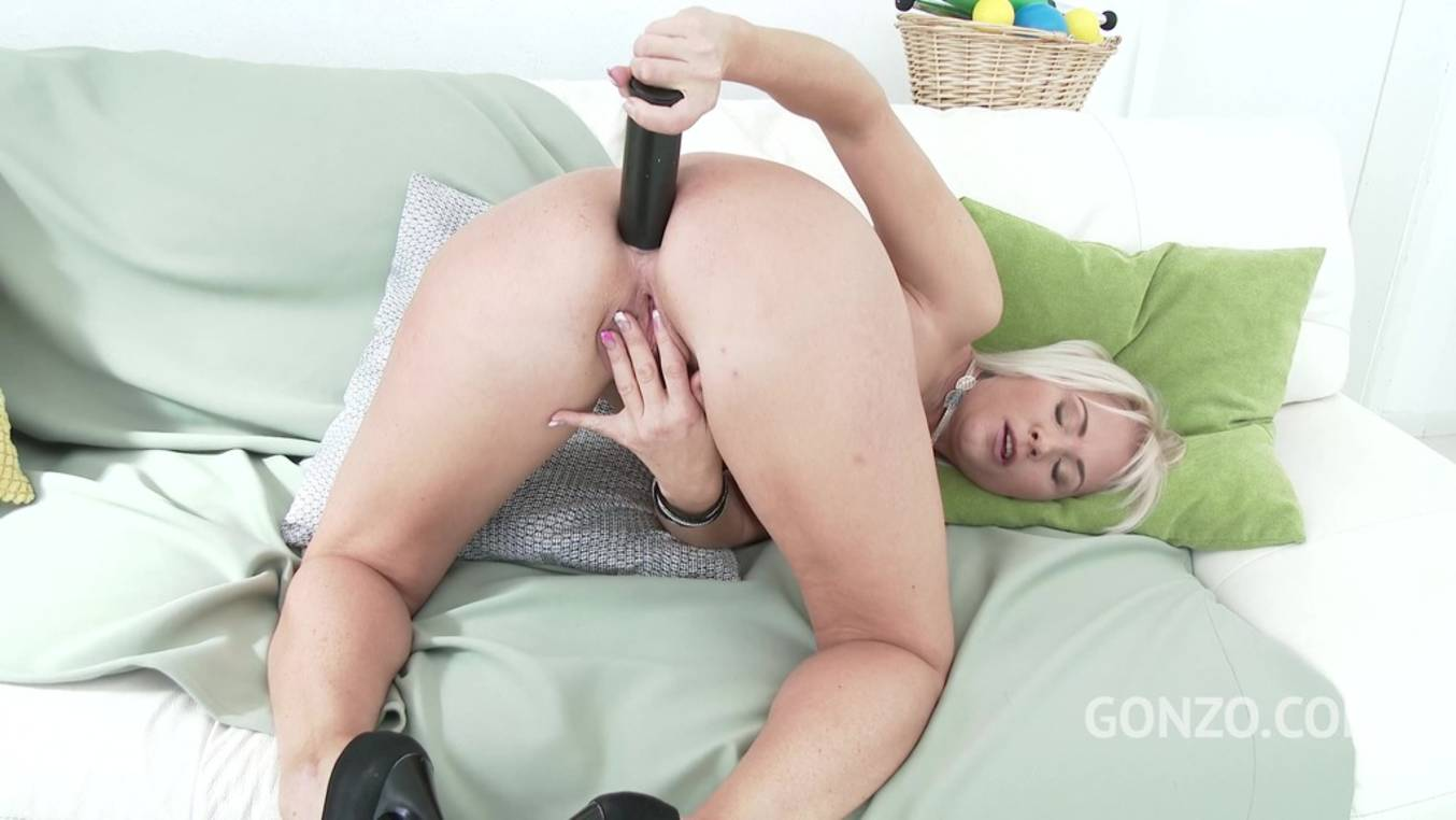 Download LegalPorno - Gonzo_com - Kathy Anderson welcome to Gonzo! sexy MILF balls deep anal DP SZ1700