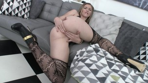 American slut Ella Nova assfucked & DP'ed in Europe SZ1611