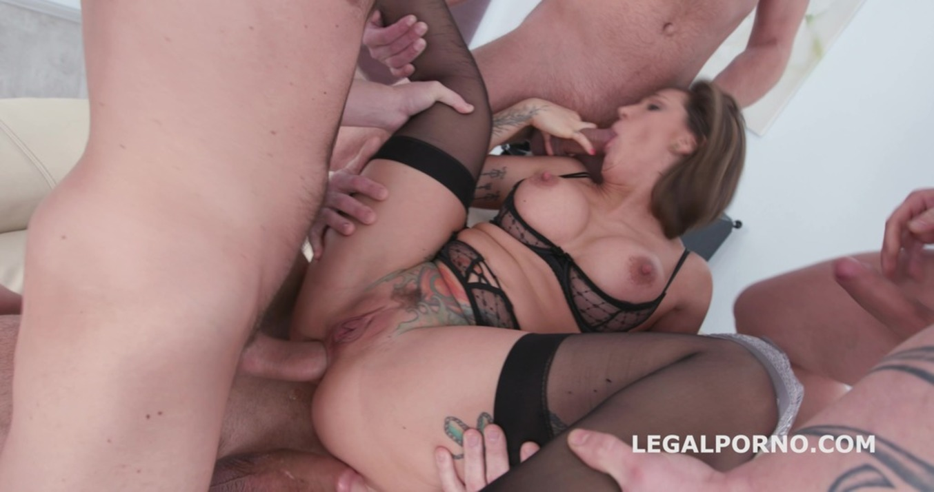 LegalPorno - Giorgio Grandi - Facialised 4on1 with Betty Foxxx DAP / Balls Deep Anal / Multiple Facial GIO546