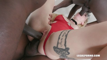 Helena Valentine discovers black feeling & high anal IV170 screenshot