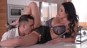 Busty Housewife Patty Michova Fucked Balls Deep Up Her Wet Pussy GP084 screenshot