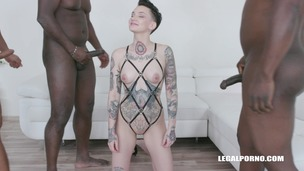 Nikki Hearts continues exploring interracial anal sex IV251 screenshot