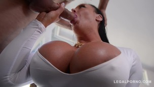 Sybil Stallone's giant boobs titty fucked by the pool until sperm gushes GP447 screenshot