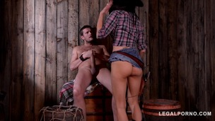 Dominant female Sheriff Jasmine Jae interrogates dude with BDSM methods GP539 screenshot