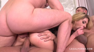 Ultra Nympho Rebecca Volpetti gets the Anal Gangbang of her Dreams FS039 screenshot