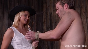 Blonde bounty hunter Ivana Sugar grants Son of a Gun final hardcore fuck GP570 screenshot