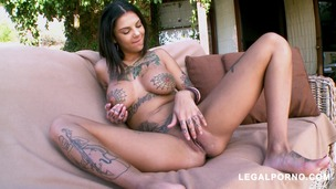 Bonnie Rotten Squirts Everywhere As She Gets Her Ass Fucked MA096 screenshot