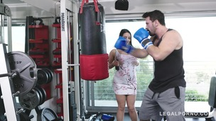 Boxing trainer prefers fucking busty babe Angela White in doggy style GP652 screenshot
