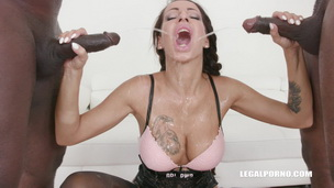 Valentina Sierra is coming to get pissed on IV318 screenshot