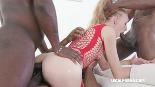 Nikki Riddle having fun with three BBC IV324 screenshot