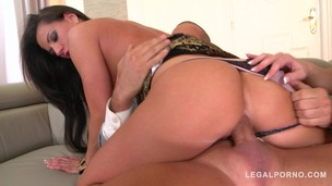 Cock-hungry vixens Tyra Moon and Samantha Joons suck & fuck his big veiny dick GP792 screenshot