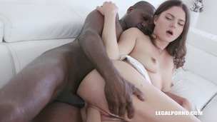 Francesca DiCaprio assfucked & fisted IV342 screenshot