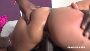 Latina slut Laura Montenegro takes two black cocks IV396 screenshot
