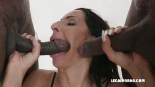 Kinky bitches Rebecca Sharon & Valentina Sierra go for black cocks IV408 screenshot