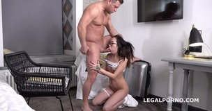 Mr. Anderson's Anal Casting with Liloo first time anal with balls deep action, gapes and facial GL094 screenshot