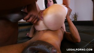 Real Estate Agent Veronica Avluv BBC Double Penetration AB025 screenshot