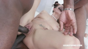Nicole Love is back to take 2 BBC in the ass IV512 screenshot