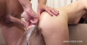 Russian Pee, Stasia Si 4on1 Balls Deep Anal, Gapes, Pee and cum in Mouth GIO1597 screenshot