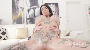 Megan Inky no holes barred with 3 BBC - DP, DAP and Triple Penetration SZ2540 screenshot